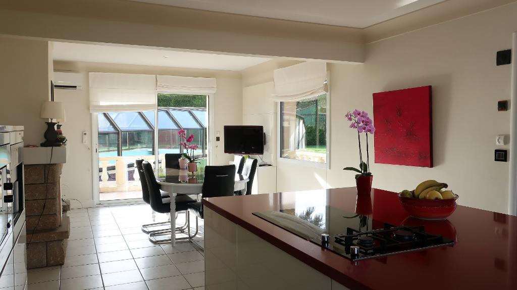 Sale house / villa Mellac 520000€ - Picture 3