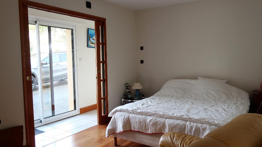 Sale house / villa Mellac 520000€ - Picture 8