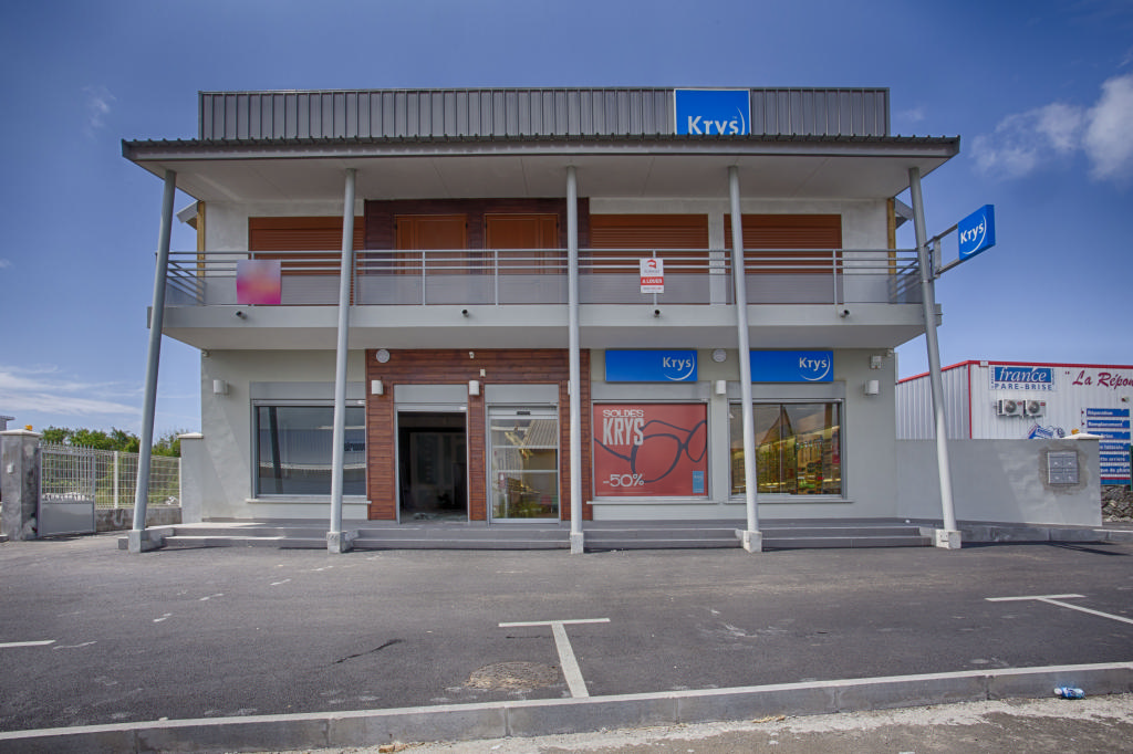 Local commercial-87 m2