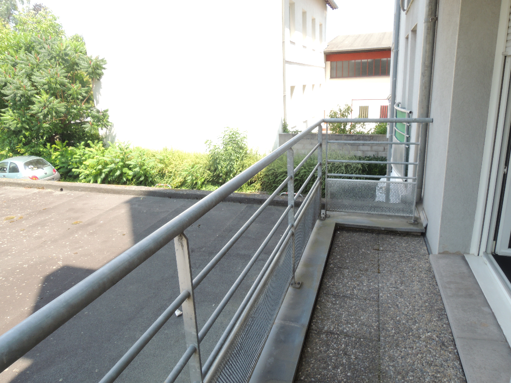 Location appartement Strasbourg 446,57€ CC - Photo 4