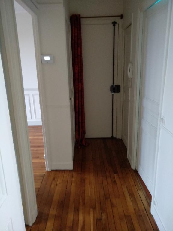 Rental apartment La garenne colombes 950€ CC - Picture 2