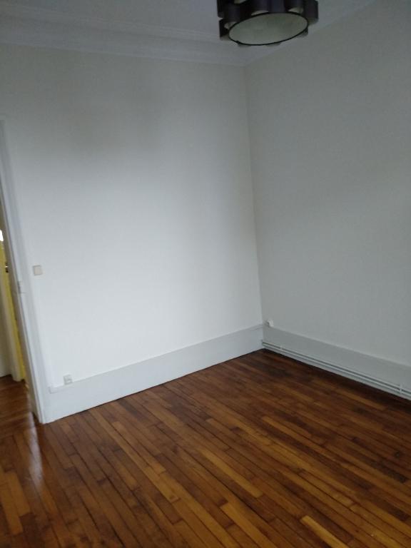 Rental apartment La garenne colombes 950€ CC - Picture 3