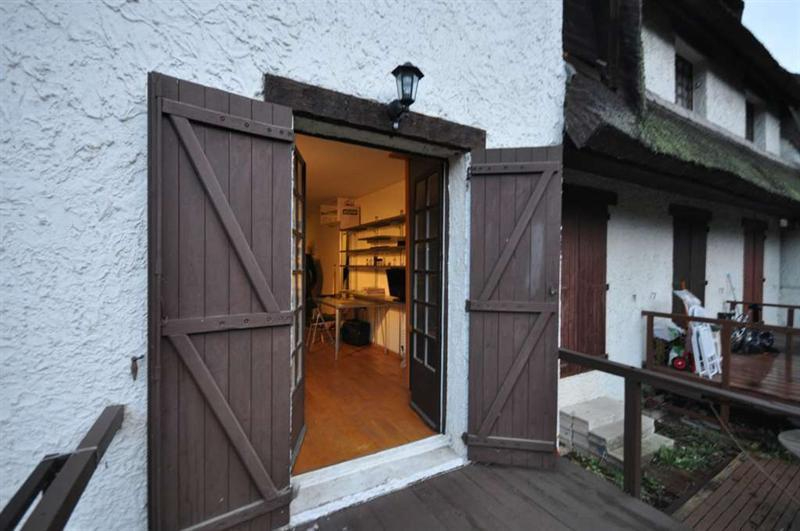 Rental apartment Buzenval 690€ CC - Picture 2