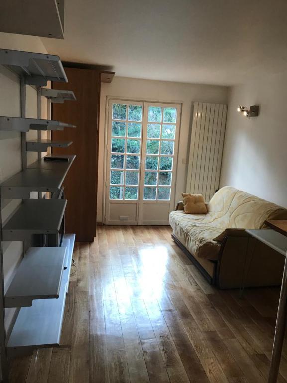 Rental apartment Buzenval 690€ CC - Picture 4