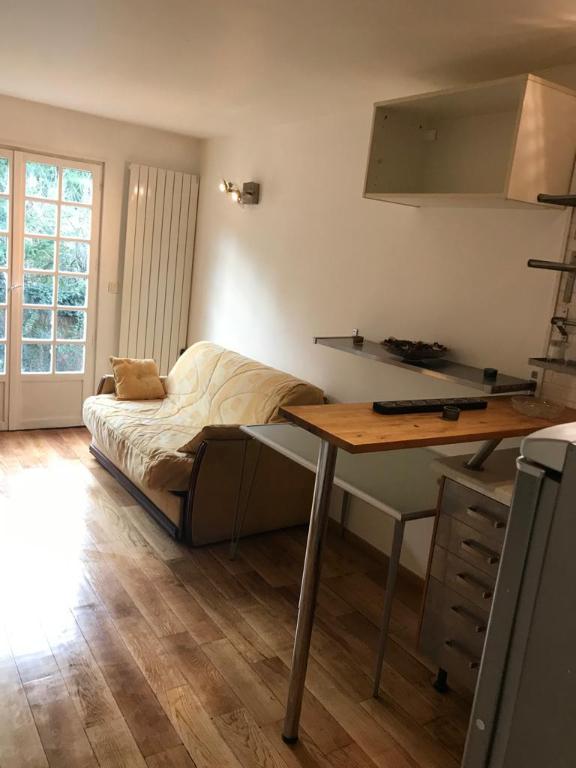 Rental apartment Buzenval 690€ CC - Picture 5