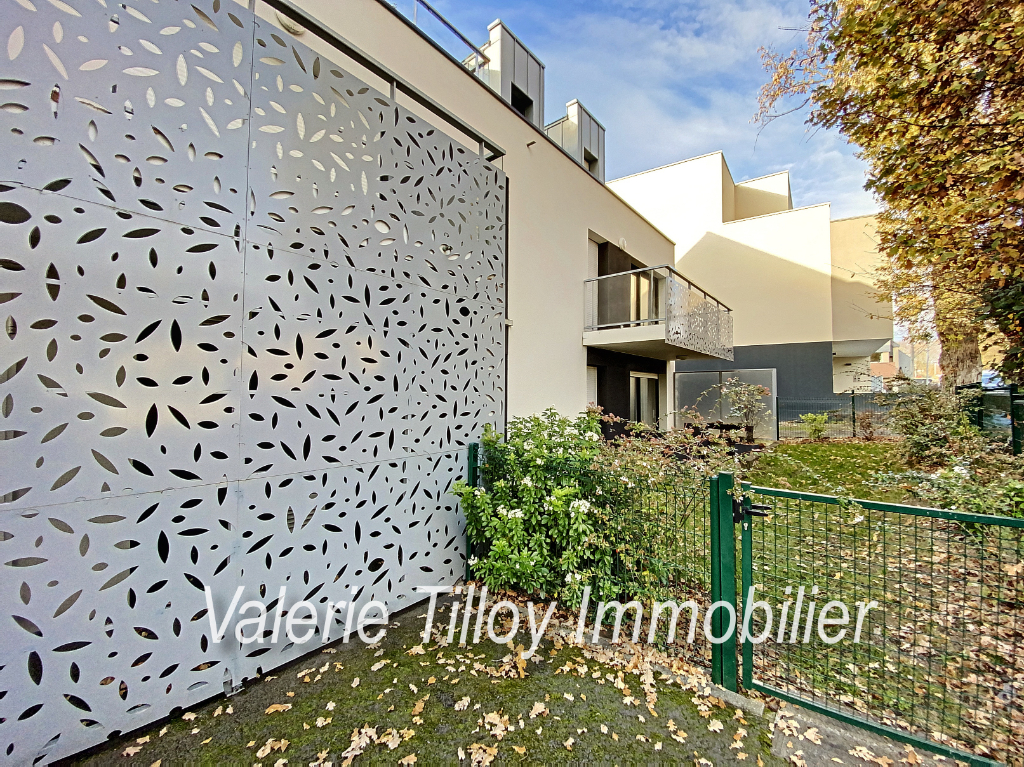 BRUZ - EXCLUSIVITE - Appartement rez-de-jardin T3 de 64.9 m2