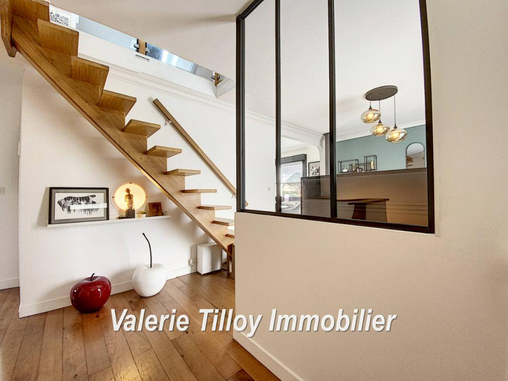 Sale house / villa Bourgbarre 279428€ - Picture 2