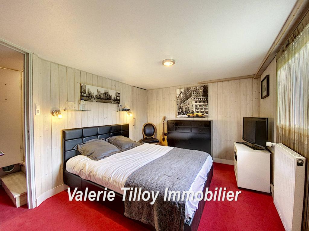 Sale house / villa Bourgbarre 279428€ - Picture 5
