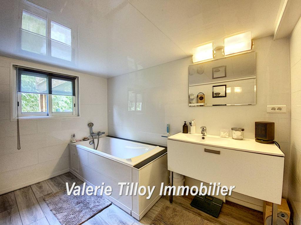 Sale house / villa Bourgbarre 279428€ - Picture 6