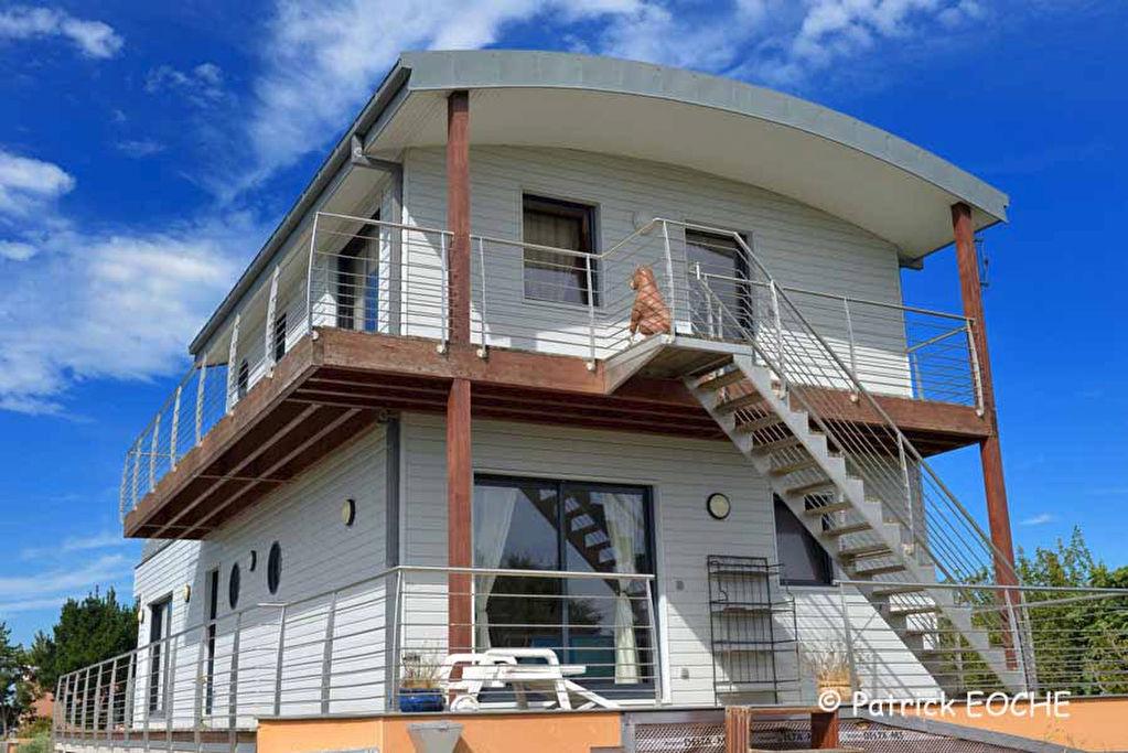 Maison atypique ile tudy le tudy 29980 for Immobilier maison atypique