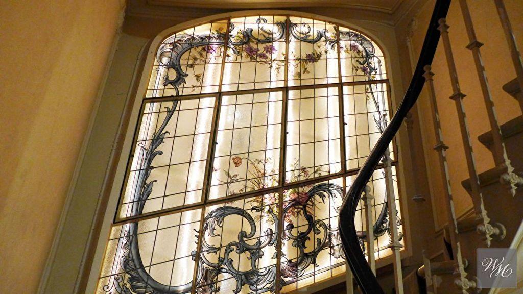 Appartement 5 pièce(s) 142 m²                         75012 PARIS