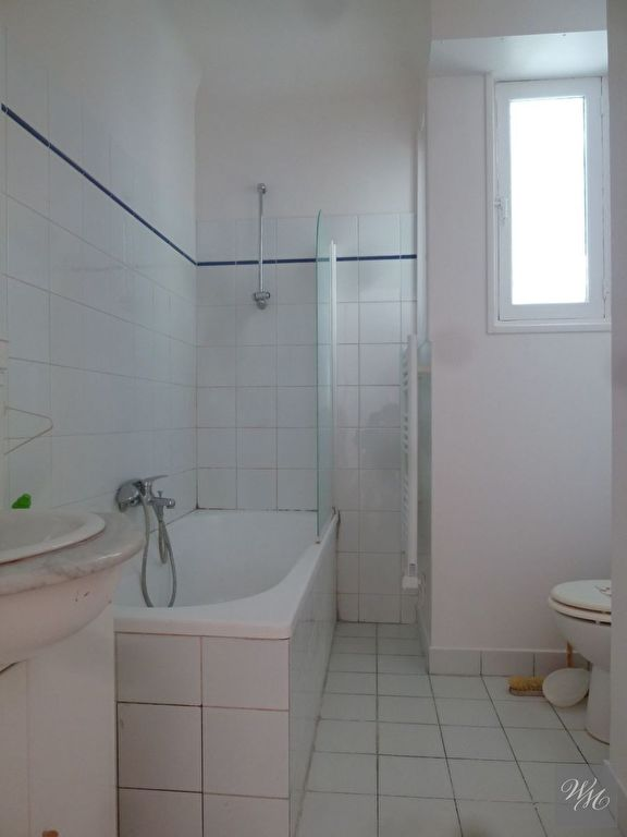 Appartement 3 pièce(s) 54.75 m²                         75017 PARIS