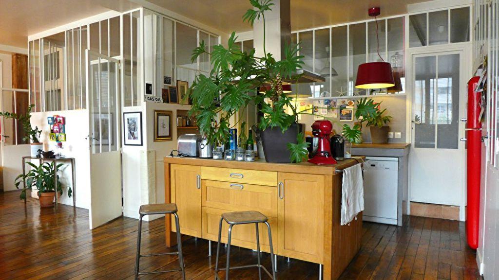 Appartement 5 pièce(s) 108 m²                         75011 PARIS
