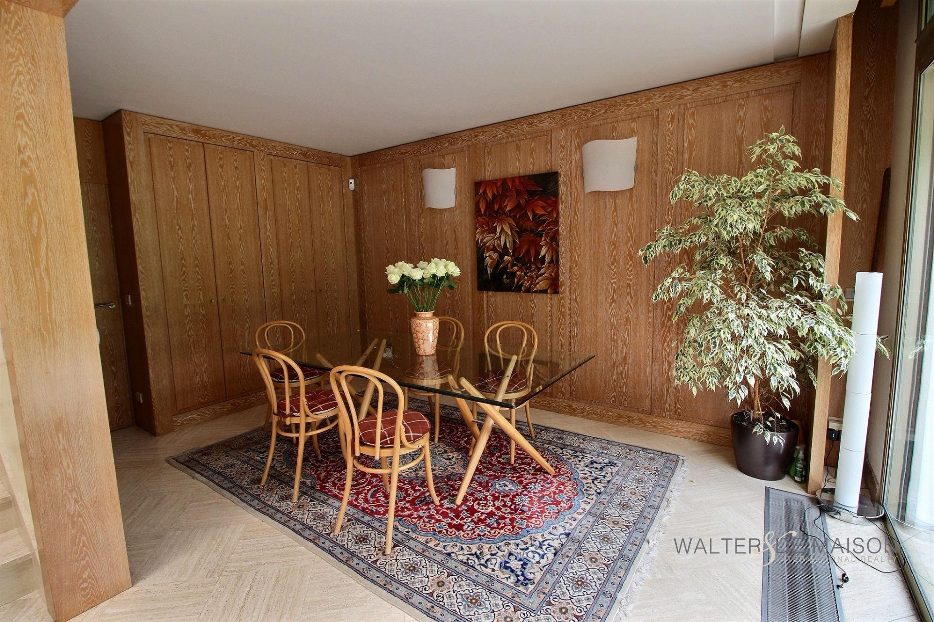 Maison 7 pièce(s) 280 m²                92330 SCEAUX