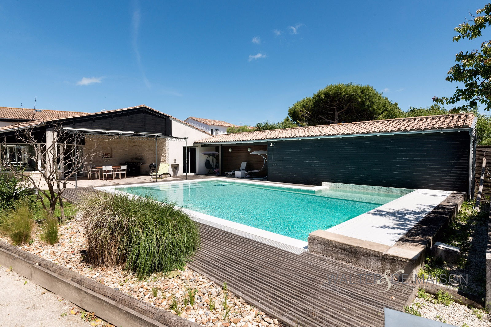 Photo Maison Saint-Martin-de-Ré 10 pièces - 445 m² - 5 chambres -  Piscine-Pool-house 1500 m² image 2/6