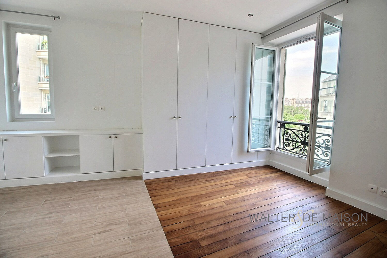 Appartement 3 pièce(s) 72.72 m²                         75012 PARIS