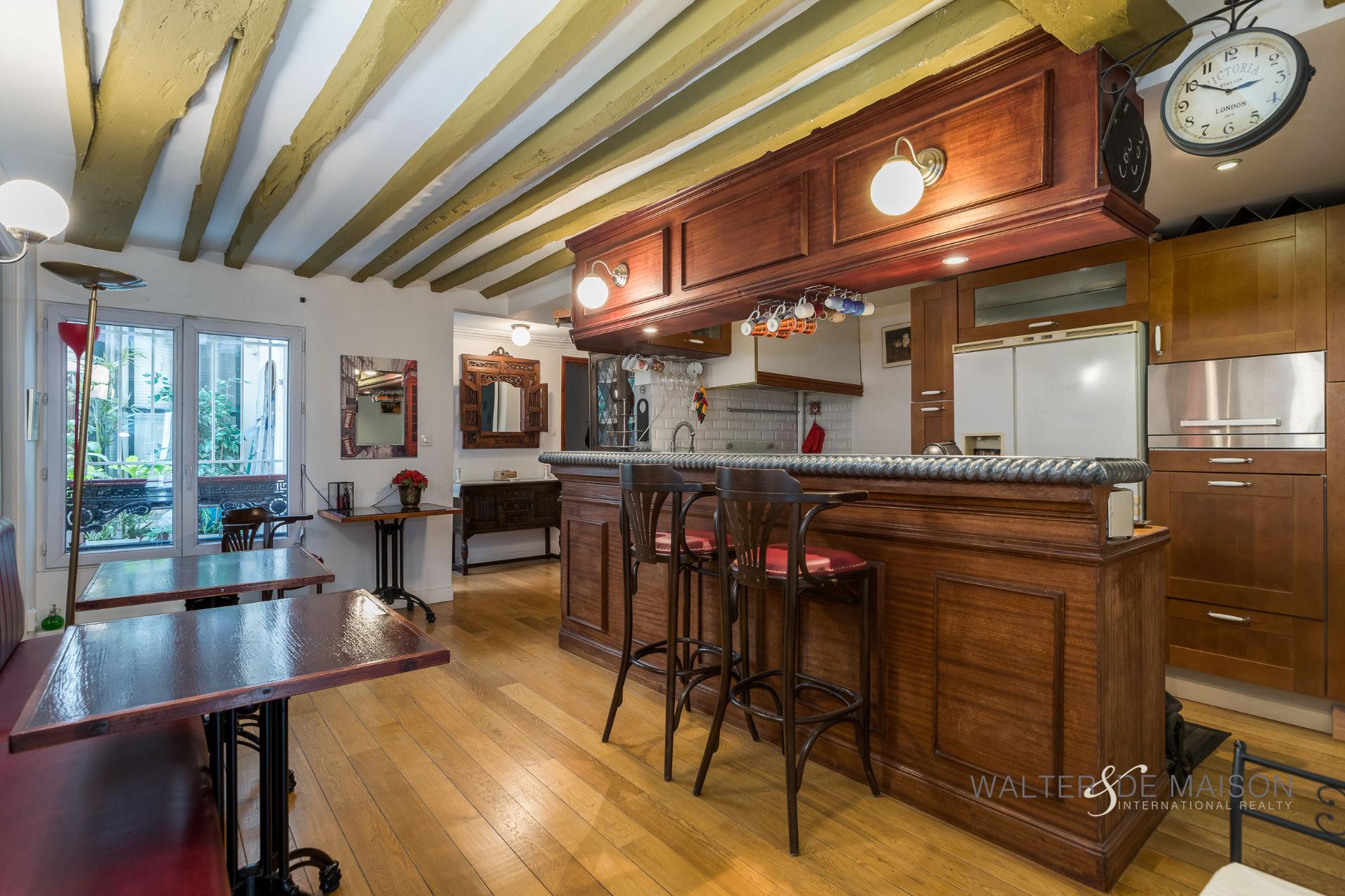 Appartement 3 pièce(s) 86 m²                         75009 PARIS