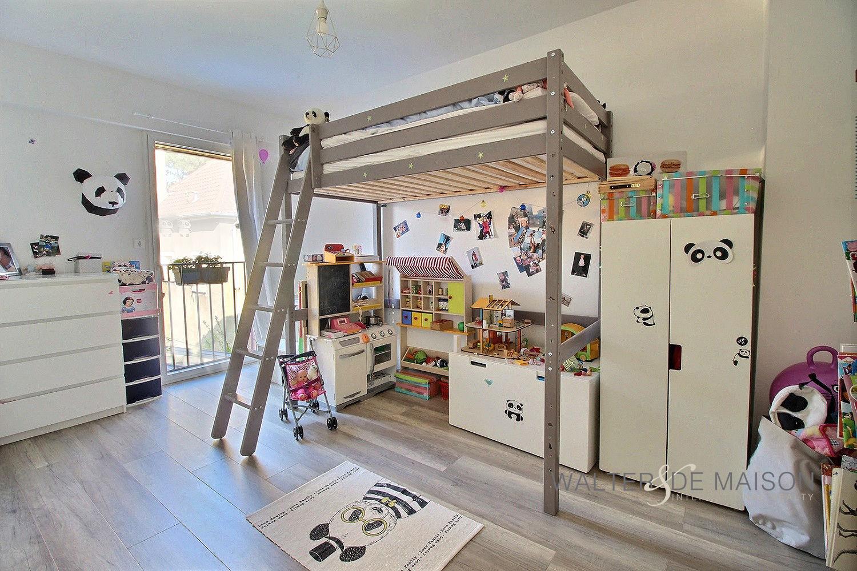 Maison 4 pièce(s) 100 m²                93450 L ILE SAINT DENIS