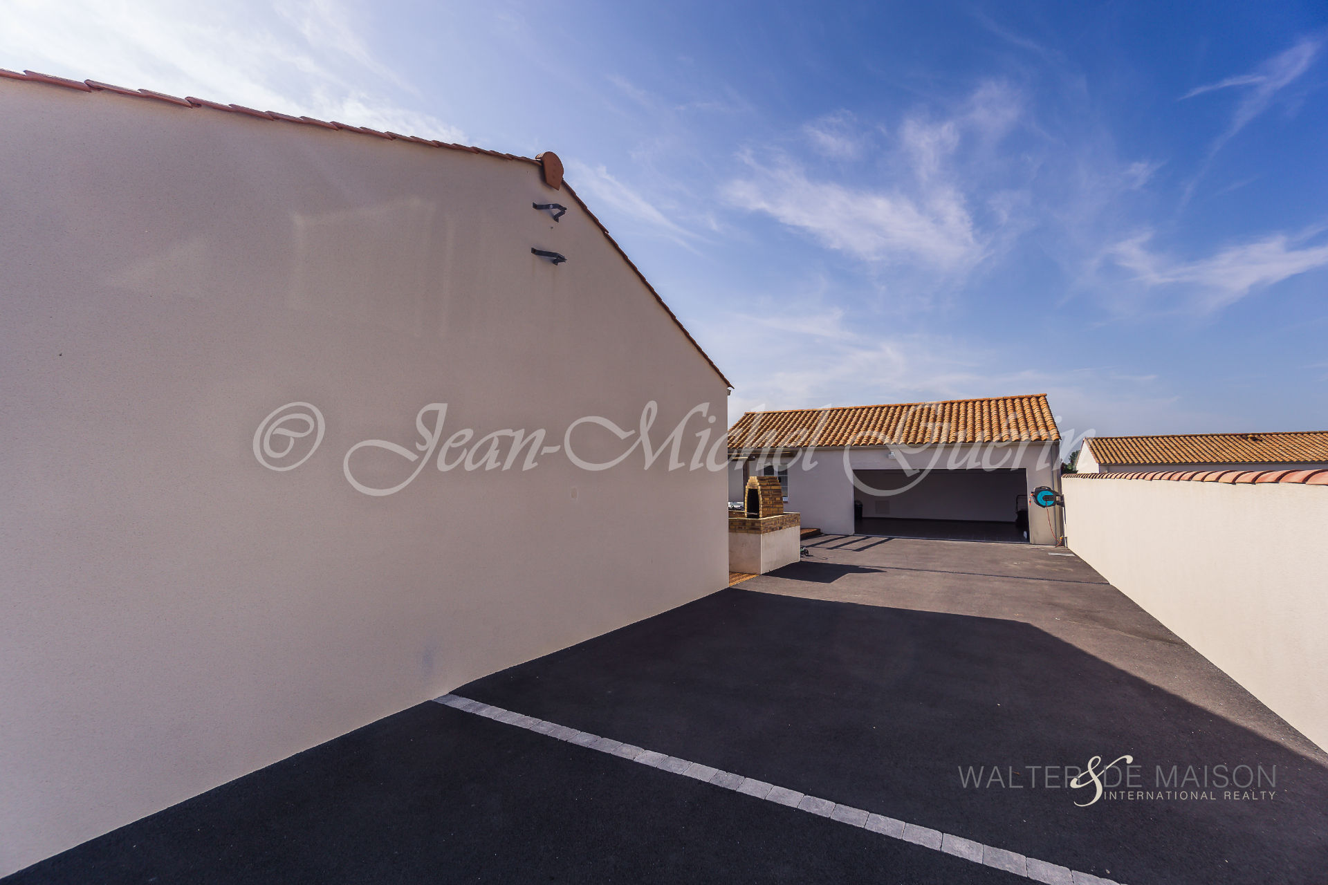 House 9 room(s) 172 m²                85300 CHALLANS