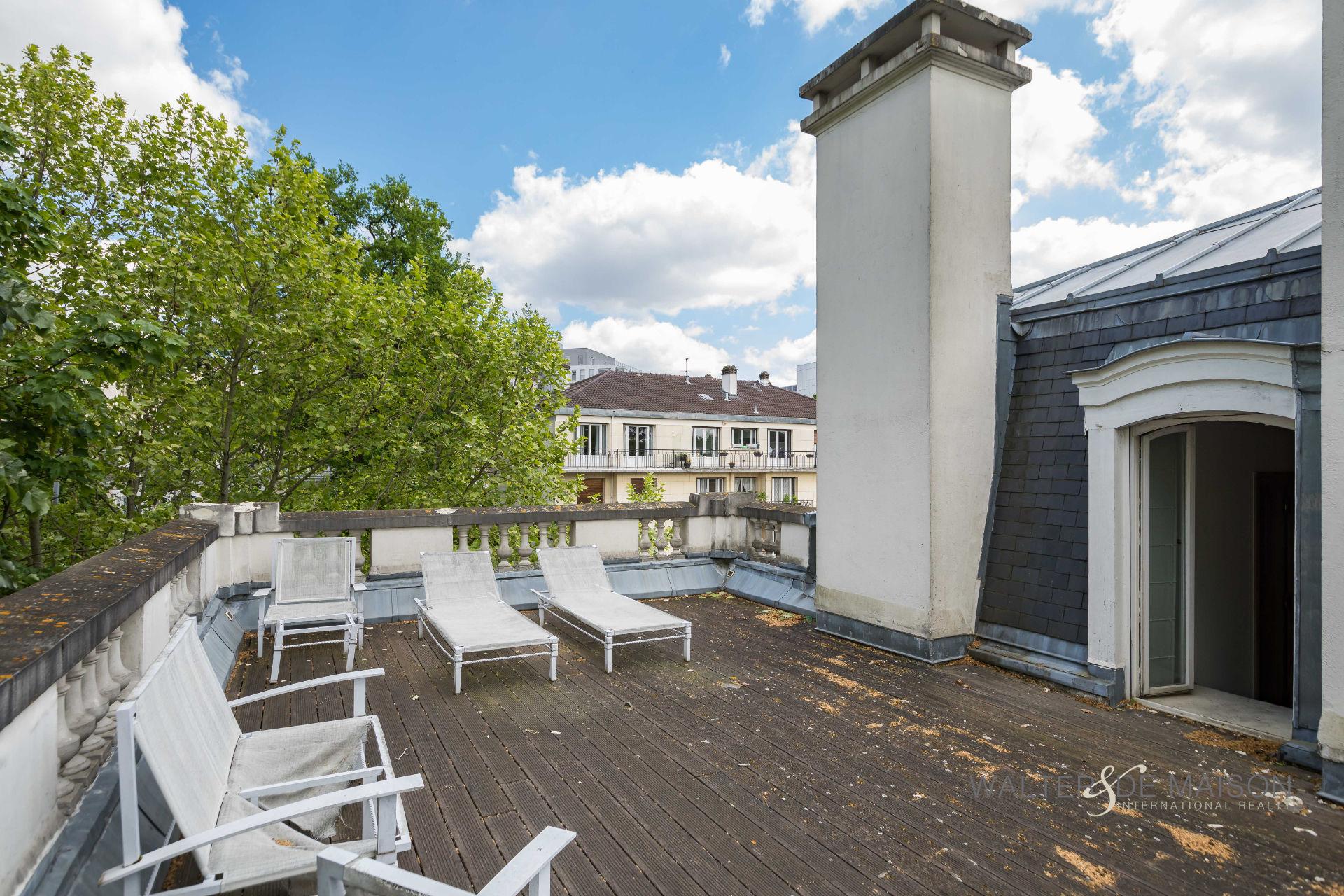 Hôtel particulier 700 m²                         94130 Nogent sur Marne