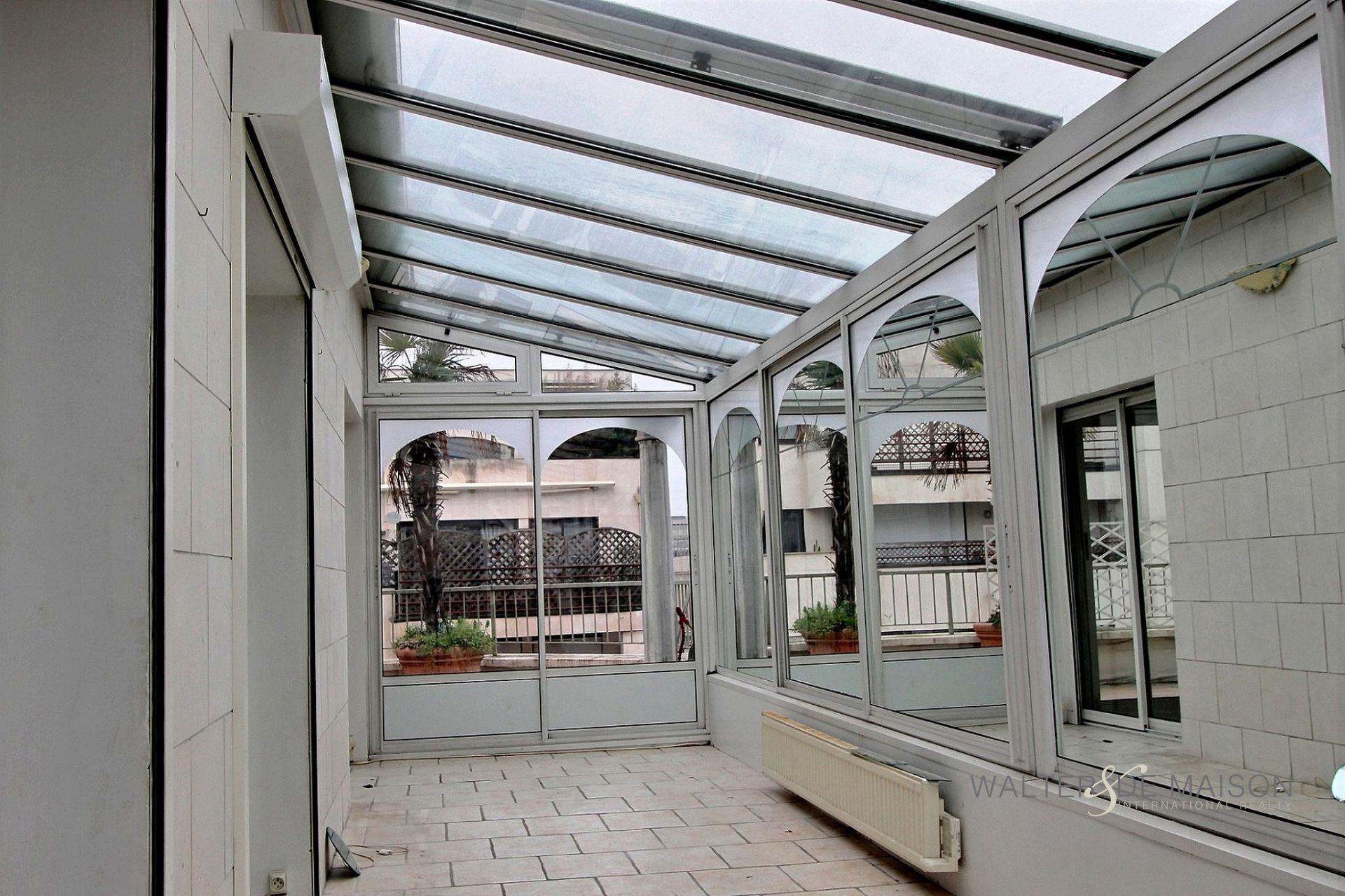 Apartement 4 room(s) 77 m²                         92300 LEVALLOIS PERRET