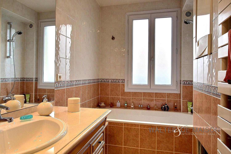 Apartement 2 room(s) 51.27 m²                         75012 PARIS