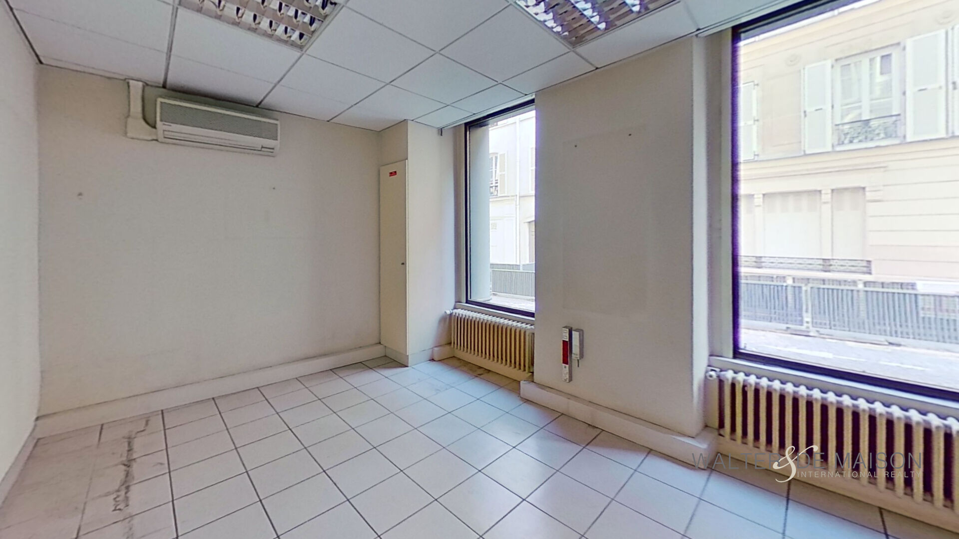 Local professionnel 170 m²