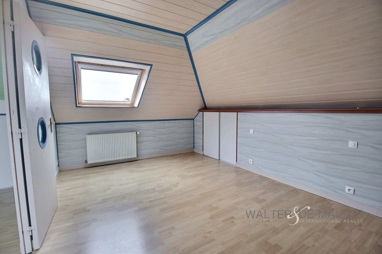 Maison 8 pièce(s) 150 m²                29260 PLOUDANIEL