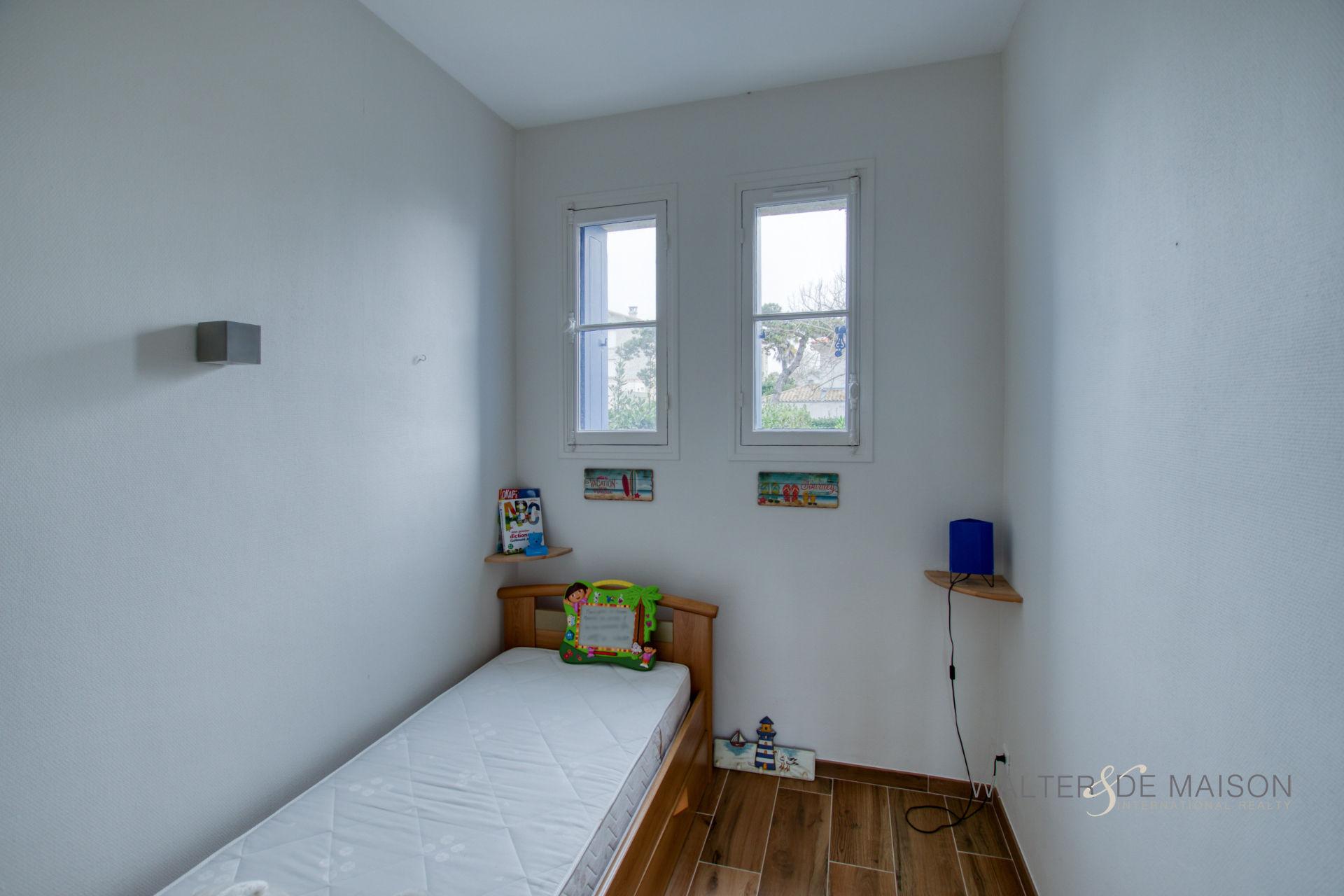 Appartement 2 pièce(s) 33.11 m²                         17200 ROYAN