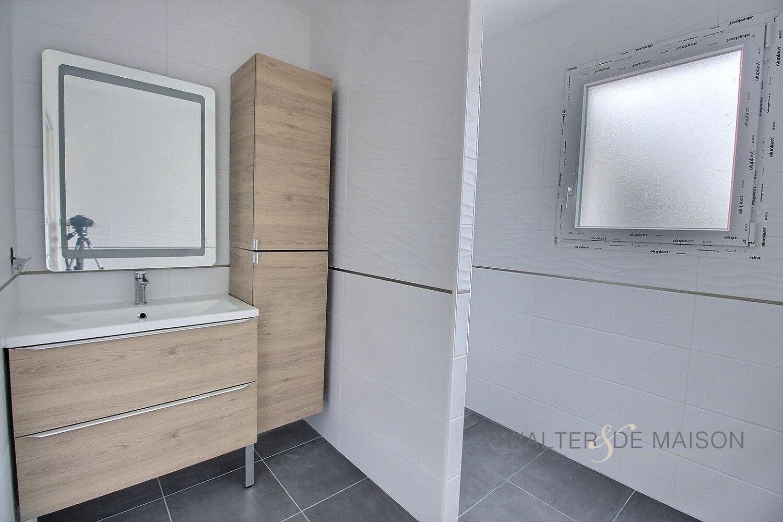 Maison 5 pièce(s) 142 m²                31450 BELBERAUD
