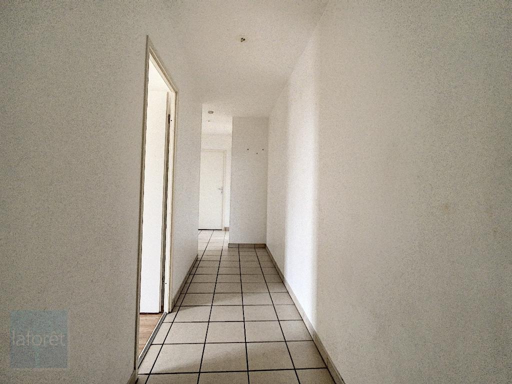 Appartement arras - pas de frais d'agence- t4 de 81m2 avec terrasse et jardi ARRAS - Photo 6