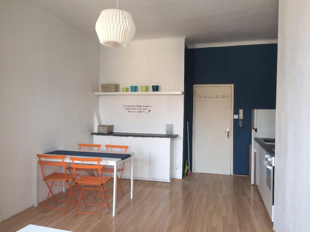 Annonce location appartement avignon 84000 39 m 430 - Location appartement meuble avignon ...