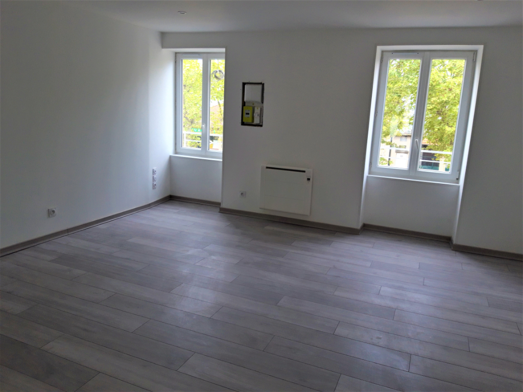 Location appartement La verpilliere 770€ CC - Photo 2