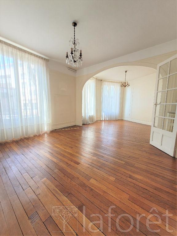 Appartement appartement clamart 7 pièce(s) 110 m2 CLAMART - Photo 2